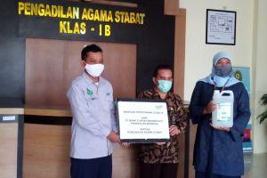 Bantuan Hand Sanitizer Oleh Bank Syariah Mandiri Pangkalan Brandan