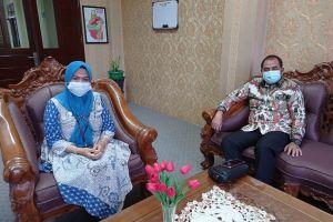 Kunjungan KaBiro Perencanaan Keuangan dan Kepegawaian UINSU ke Pengadilan Agama Stabat.